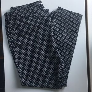 NWOT Old Navy Pixie Pants size 14